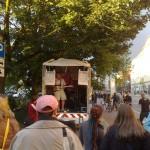 Fête de la Musique, Berlin, Konzert Nähe Mauerpark von einem Transporter heraus.
