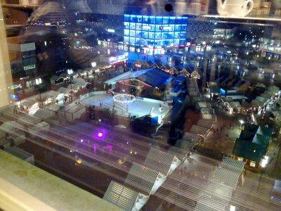 Aussicht vom Restaurant der Galeria Kaufhof am Alexanderplatz, Berlin.